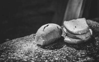 Eine Geschichte: Der Tod und das Knäckebrot